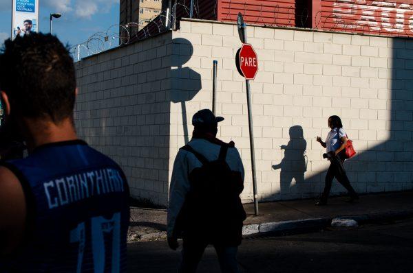 Corinthians soccer pare Raphael Valverde fotogenik collective street photography
