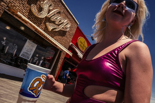 coney island street Barbara di Maio Fotogenik collective street photography