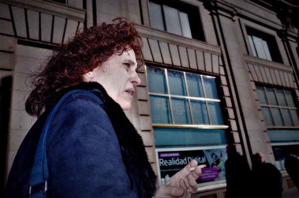 pale woman jon bradburn fotogenik collective street photography